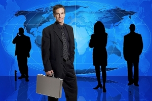 global-sourcing-man-strategy